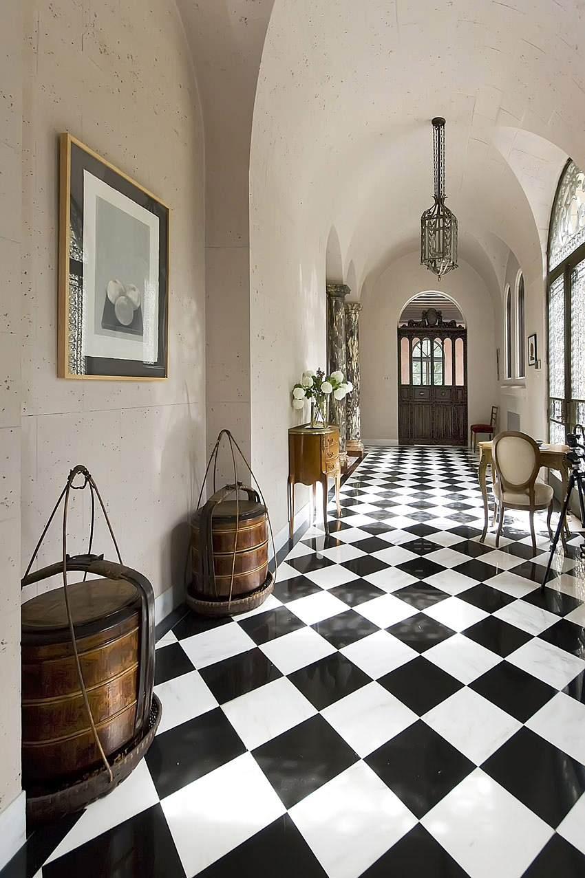 checkerboard laminate flooring