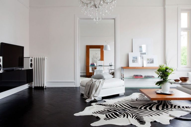 Black Laminate Flooring Ideas