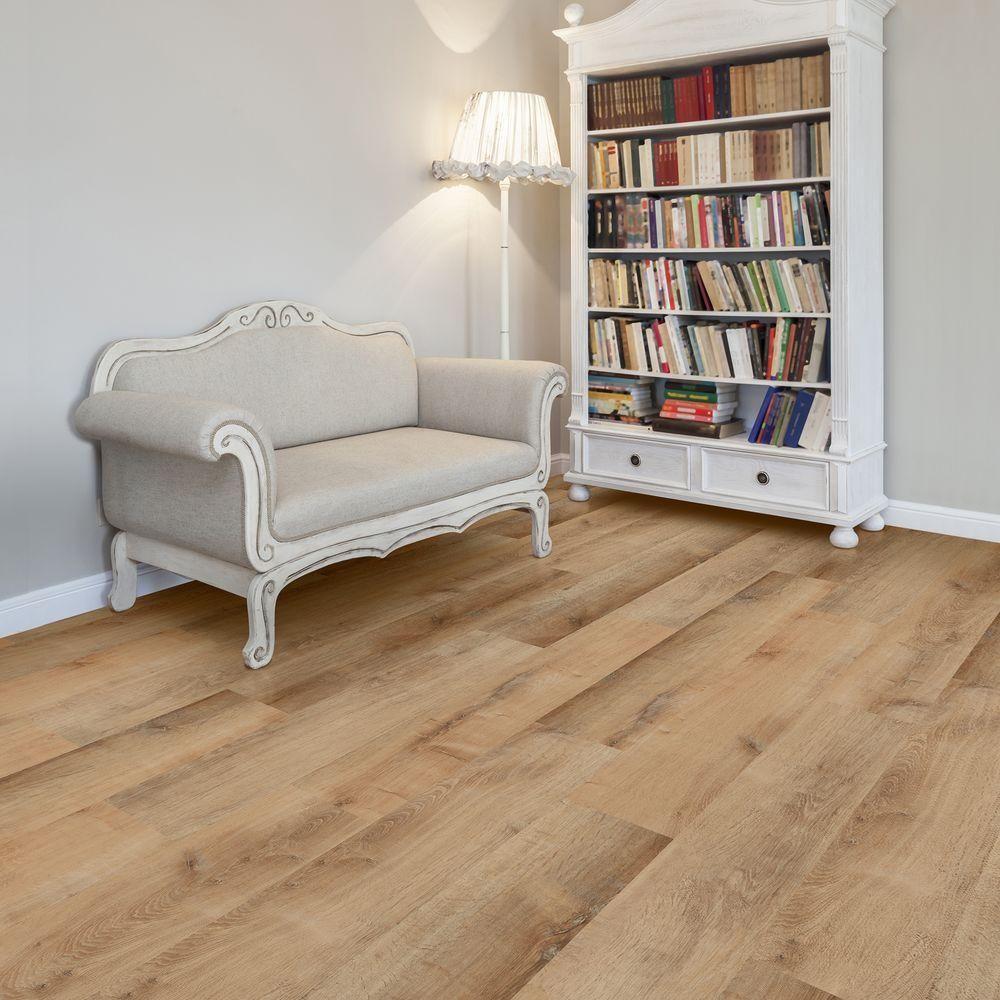 Light Oak Wood Look Vinyl Plank
