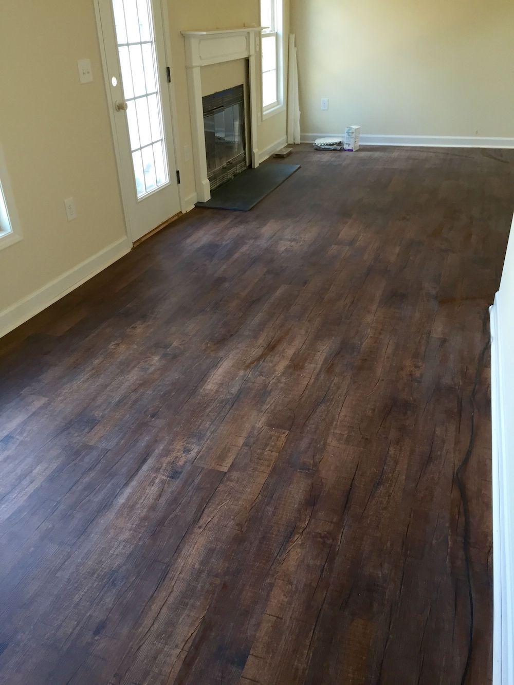 Medium-Dark Oak Wood Vinyl Plank