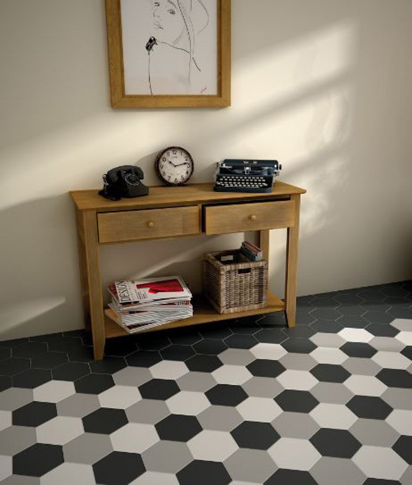 Retro Hexagon Entryway